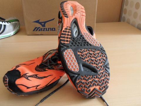Mizuno Wave Universe 4 shoes - sole